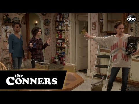 Jackie's Kitchen Flow - The Conners
