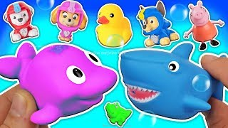 Animal Farm Baby and Mom - Toysee Learns Animal Names. Kids educational toys video