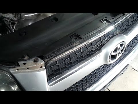 RAV4 Как снять бампер и поменять вентиляторы