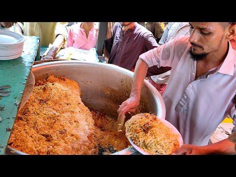 Amazing Food At Street Food   Best 17 Street Food Videos   Street Food Karachi Pakistan