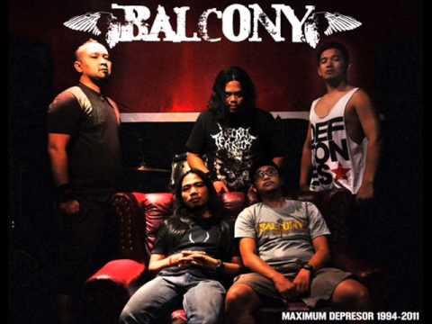 balcony - koloni hitam