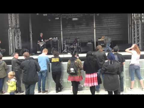 In Bloom UK live at Boltfest 2015