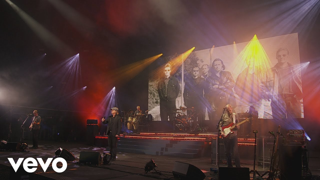 runrig-book-of-golden-stories-live-at-stirling-2018-official-video-runrigvevo