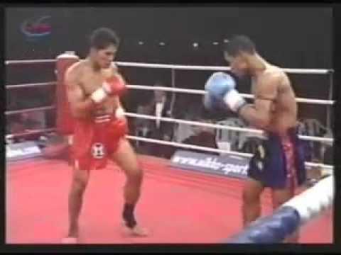 Jomhod Kiatadisak VS Sakmongkol