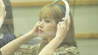 180618 블랙핑크(BLACKPINK) 리사 (Lisa) 광고 중 CM Song Reaction  4K 직캠 by 비몽