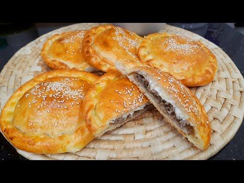 مطبخ ام وليد فطاير مالحة محشية قمة في البنة ، رايحة تغنيك على الخبز في رمضان .