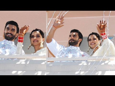 Deepika Padukone, Ranveer Singh Greet Fans From Balcony At Her Bangalore House | Wedding Reception Mp3