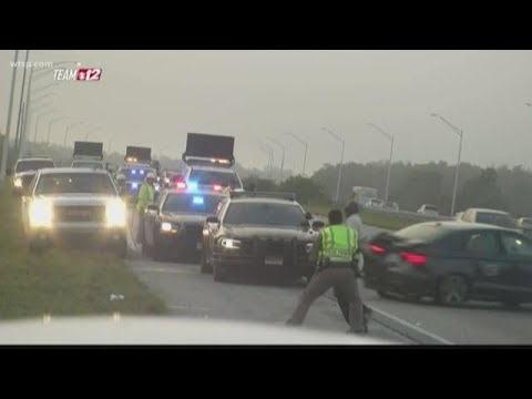 Manny's - Shocking Video shows FHP Trooper Hit By Car