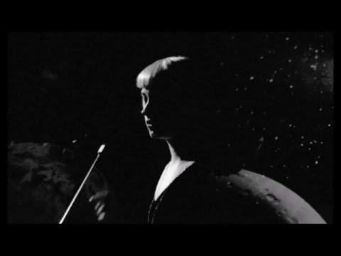 """Molly Nilsson - """"Mountain Time"""" Lyrics"""