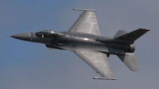 4Kᵁᴴᴰ AGGRESSIVE DISPLAY USAF F-16 VIPER DEMO TEAM @ RIAT 2019