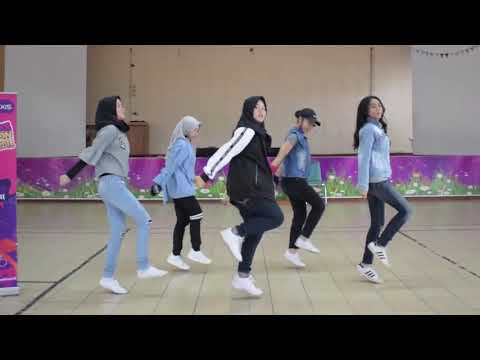 AXIS School Dance Competition 2018 - SMKN 8 Jakarta