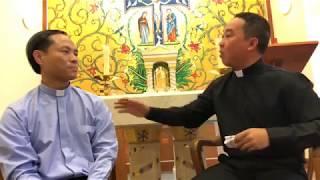 Hai Linh Mục Đầu Tiên Lên Tiếng Vụ Nhạo Báng Hình Ảnh Công Giáo