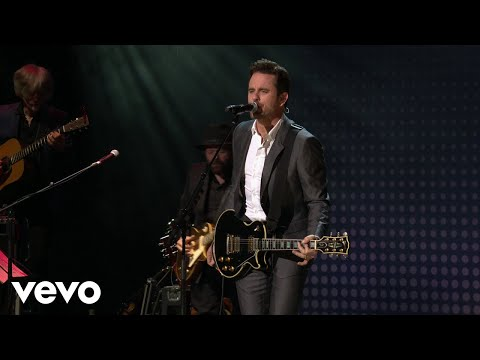 Nashville's Charles Esten is bringing his solo show to Belfast