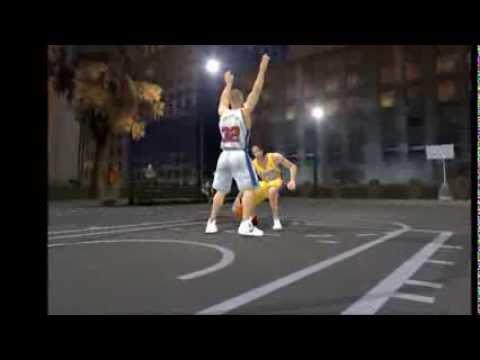 Lakers Steve Nash dunks on Blake Griffin