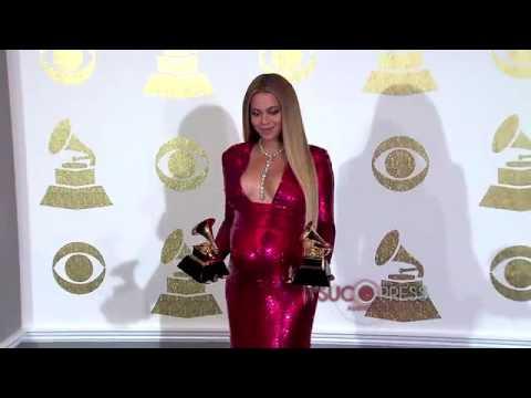 Adele dedica a Beyoncé su Grammy al mejor álbum