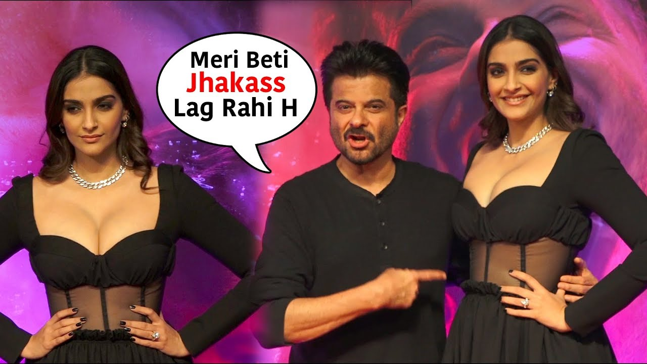 Anil Kapoor With Daughter Sonam Kapoor At Special Screening Of Malang Youtube