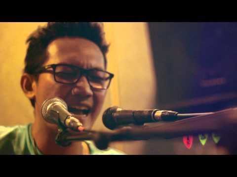 Telpon Aku - at Live N Loud OZ Radio Jakarta
