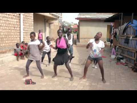 African Ghetto Kids Dancing best 2015 !!!!! Song By Gulu Oma