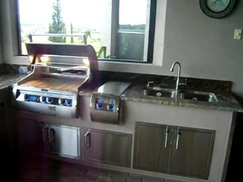 Summer Kitchen Stainless Steel Grill With Side Burners Using Fire Magic