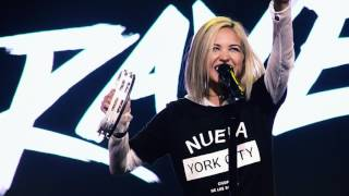 Moriah Peters - BRAVE (Live Performance Video)