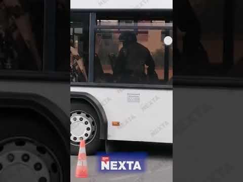 24 Канал: Омонівець б'є людину в автобусі Ненормативна лексика! 18+