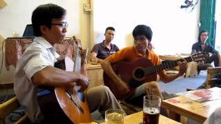 Hotel California guitar - Cafe Lúa
