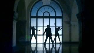 Usher feat. Pitbull - DJ Got Us Fallin' In Love  Official Music Video