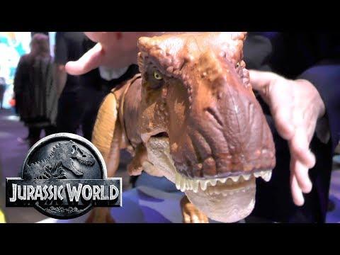 Every Jurassic World Toy: Thrash 'N Throw Tyrannosaurus Rex