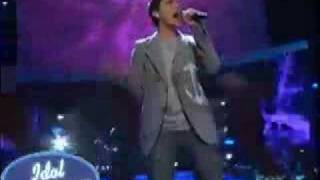 """Http://www.idolrings.comdavid archuleta performs """"in this moment"""" during the finale episode of american idol on may 20th 2008. david cook vs."""