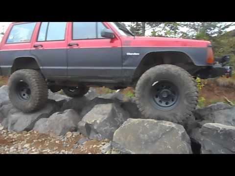 My XJ on the Rocks at Jones Creek OHV Yacolt