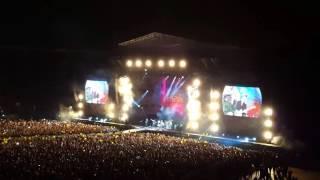 Baixar A head full of dreams in 4k (Coldplay live in Santiago de Chile 3 Abril 2016)