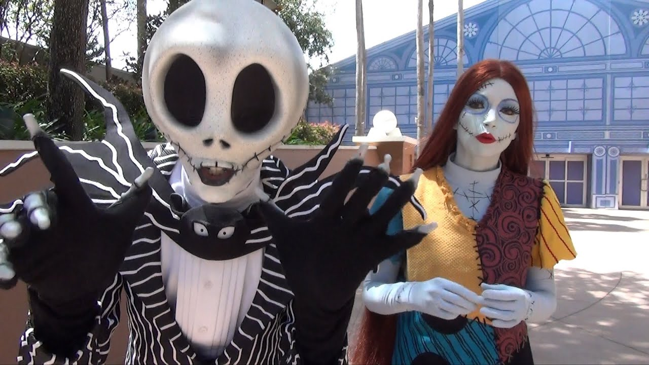jack skellington and sally meet at epcot in advance of mickeys not so scary halloween party youtube
