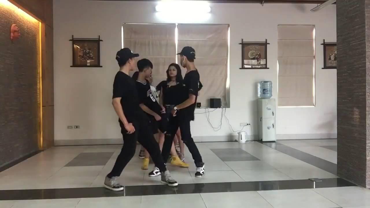 Nhảy Muvik Song - Team Muviker