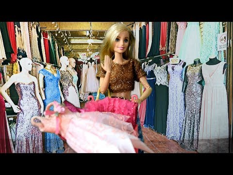 Barbie Doll Princess Shopping Mall Clothes Dress in Barbie Pink Trolley Pink Gown