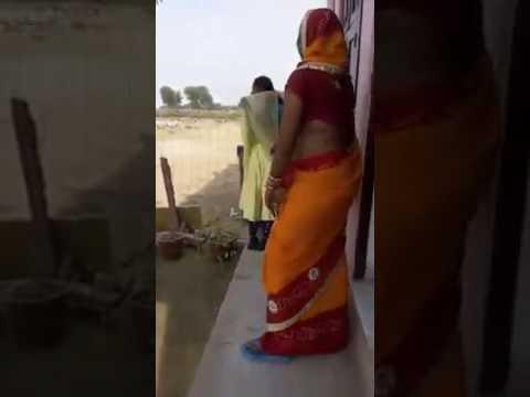 Nice dance aunty navel armpit big deep navel saree