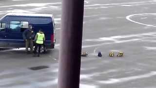 Сотрудники ФСКН СПЕЦНАЗ и Кинологи задерживают наркоторговца(FSKN Spetsnaz detain druger _