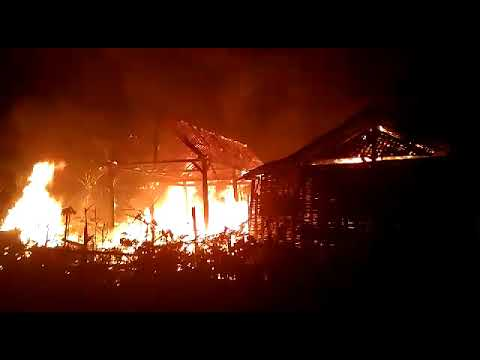 Ditinggal Lihat Tujuhbelasan, Rumah Warga Jatikalen Ludes Terbakar-Anjukzone