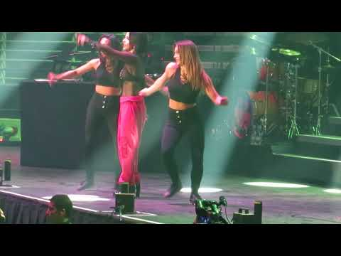 Becky G - Mayores  29/09/2017 Fifth Harmony PSATourChile