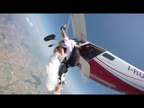 Real Wedding Skydive