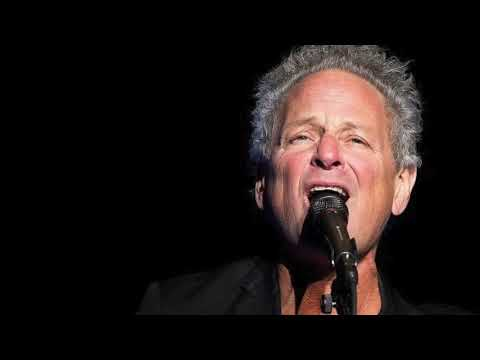 Lindsey Buckingham undergoes emergency heart surgery, suffers vocal cord damage