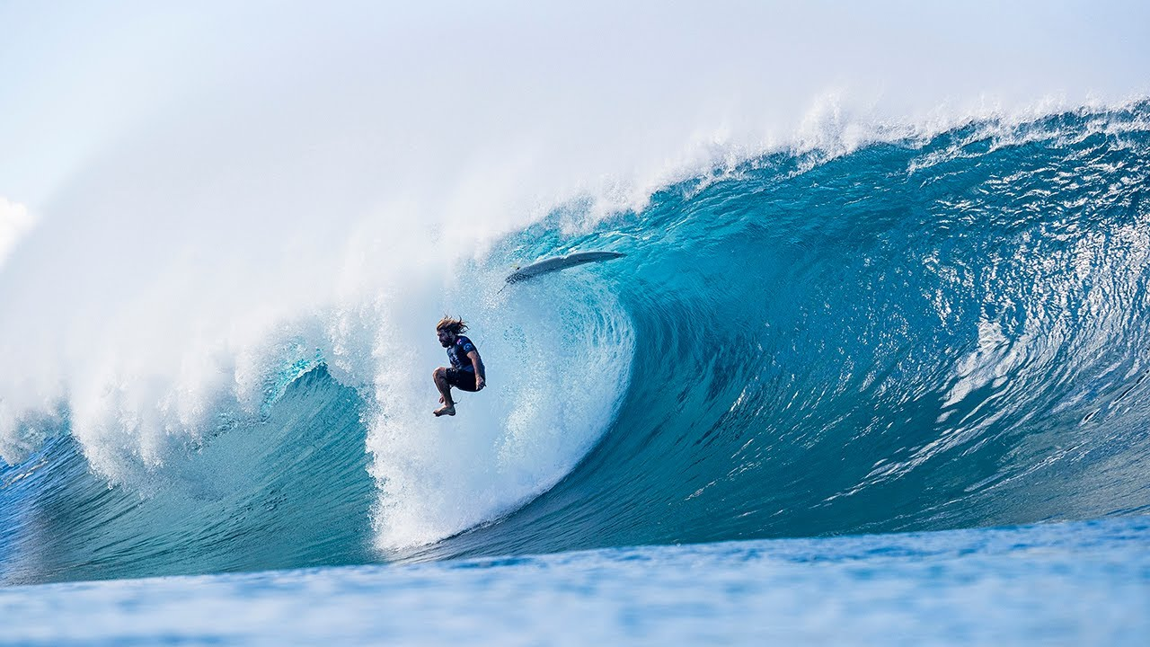 Billabong Pipe Masters - Kelly Slater's 10-point Pit and More!
