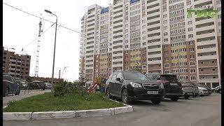 Глава города Елена Лапушкина проверила как идет ремонт дворов в Советском районе