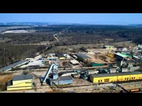 18 miners trapped in Poland