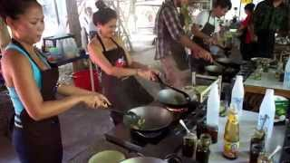 Pad Kee Mao Fire - Cooking Lessons In Chiang Mai, Thailand