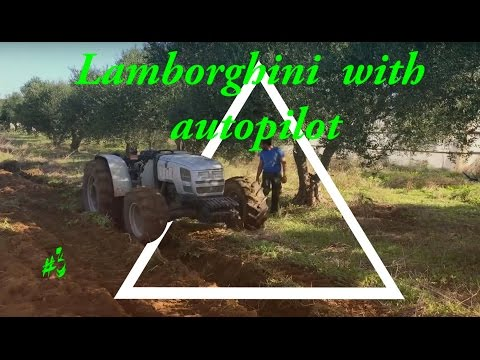 Lamborghini R3 95 TB plowing with autopilot! Τρακτερ οργωνει στον αυτοματο.