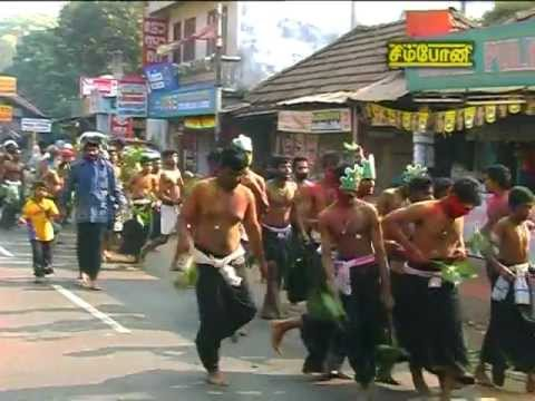 Sabarimalai Yathirai 3 Mela Thalam - Irumudikattu niraithal
