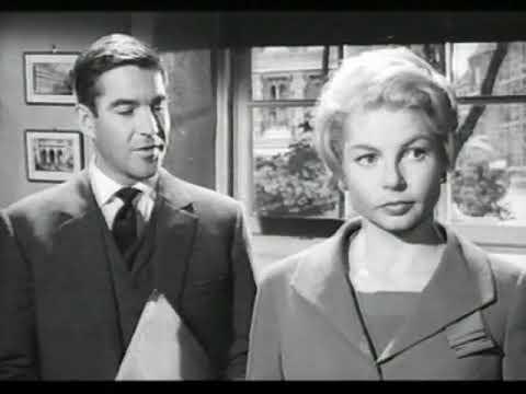 A Pair Of Briefs 1962,Michael Craig