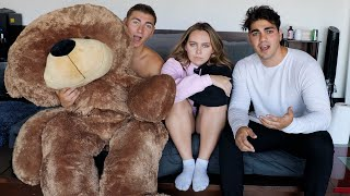 Giant Teddy Bear Prank On Hype House!!