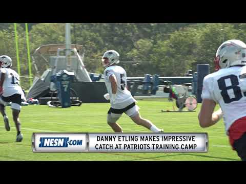 danny-etling-makes-impressive-catch-at-patriots-training-camp