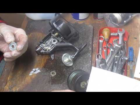 Shimano 4500 Baitrunner Take Apart And Service